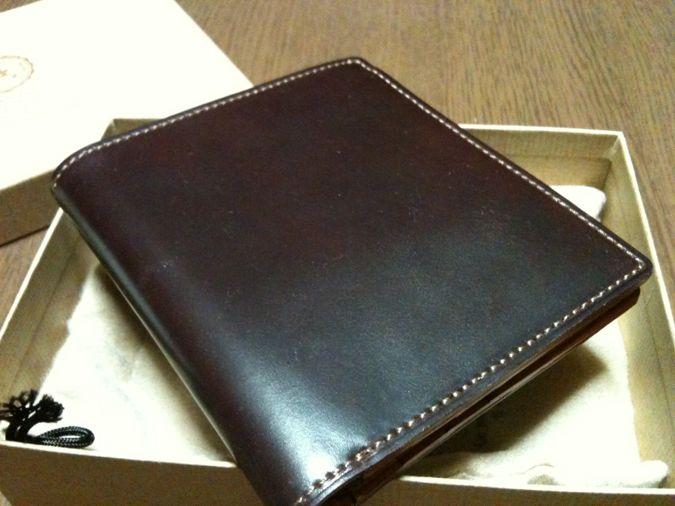 1.GANZO shellCordovan 2つ折り財布