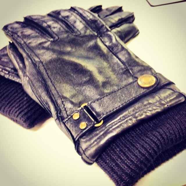 5.DENTS手袋