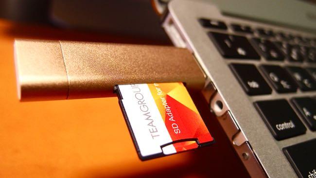 13 SATECHI Type C plus USB3 0 USB Card Reader