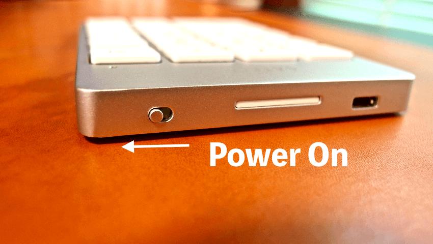 12 Satechi premum Aluminum Wireless Keypad Silver
