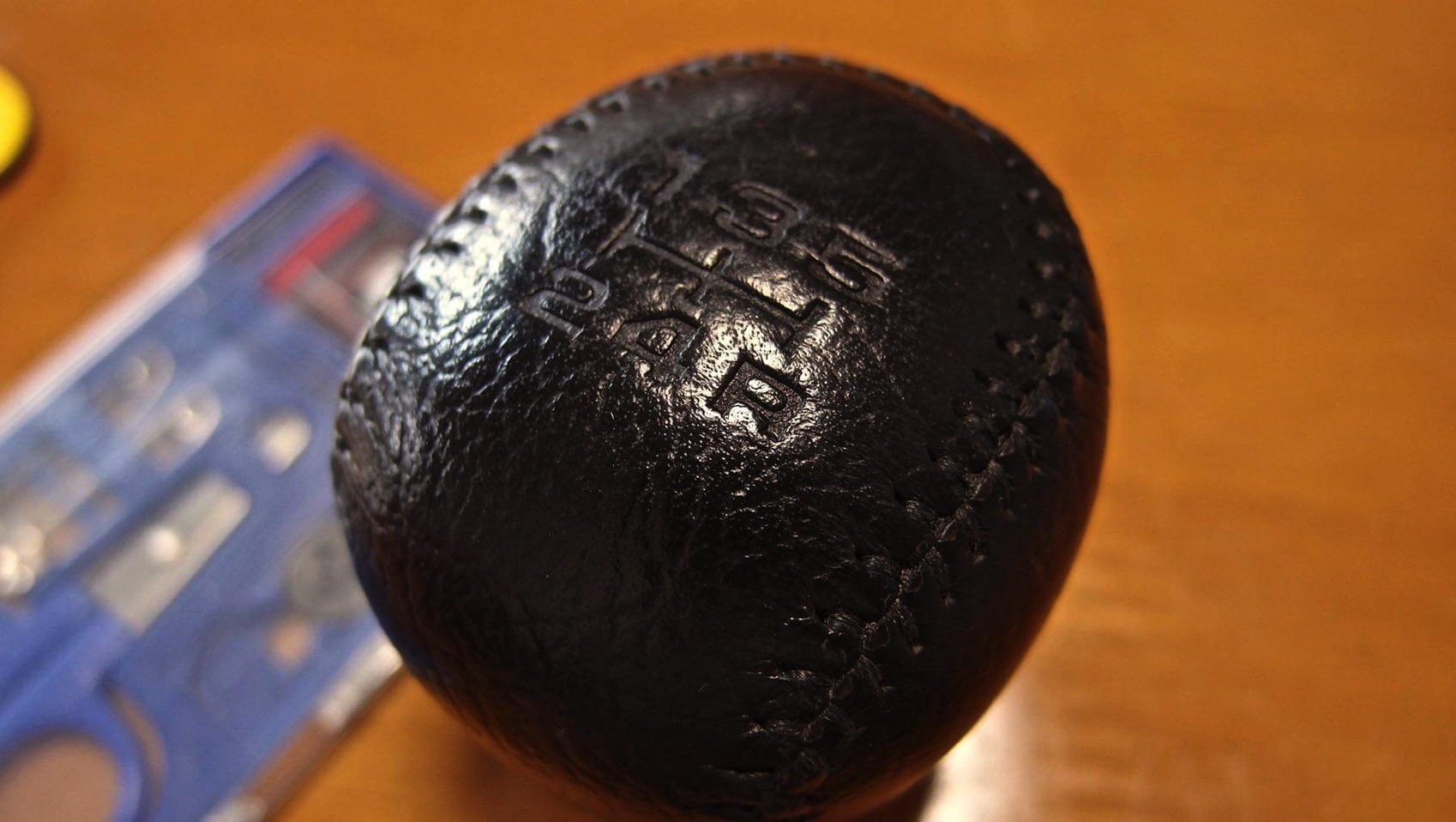09 MR2 genuine shift knob