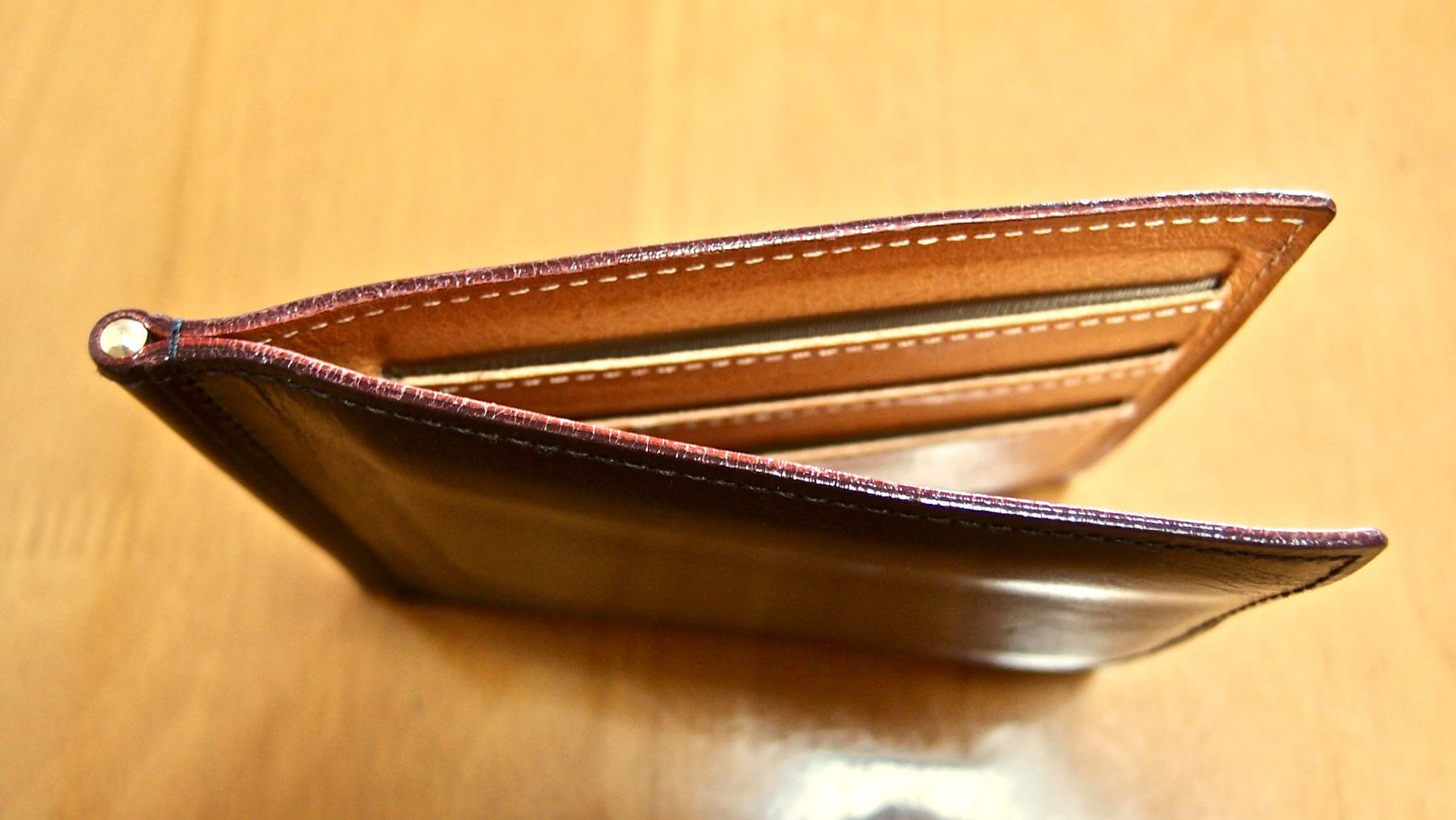 17 GANZO THIN BRIDLE Money clip One year after aging