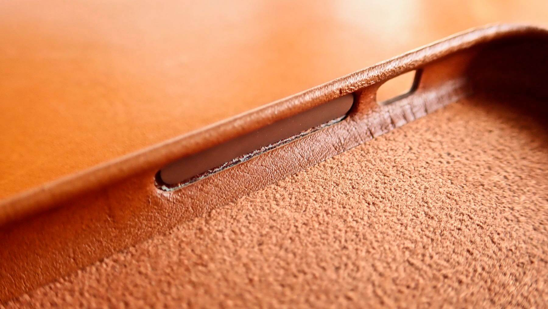 0191 iPhone X Apple Leather Case Saddle Brown Review 16