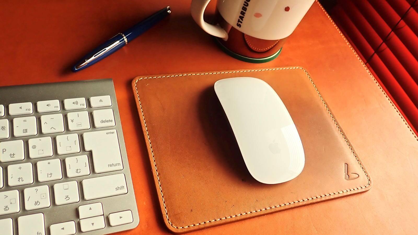 [0088] パソコンデスクをお洒落にする土屋鞄のヌメ革 マウスパッドは超おすすめ!!