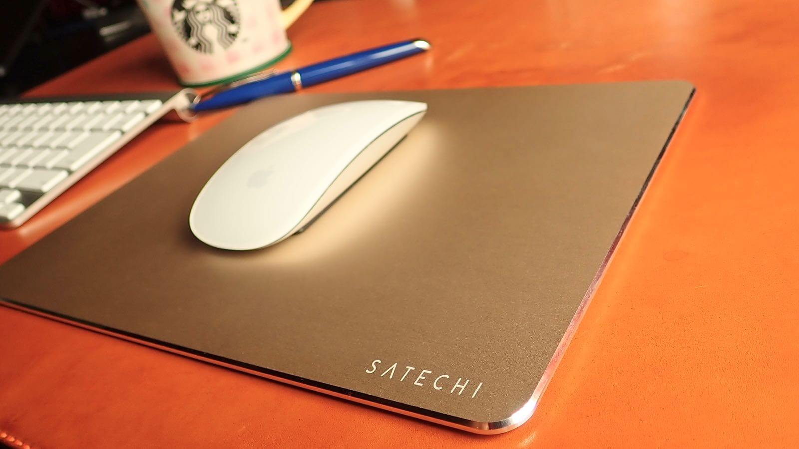 0196 Satechi Mouse pad Aluminum EcoLeather 01