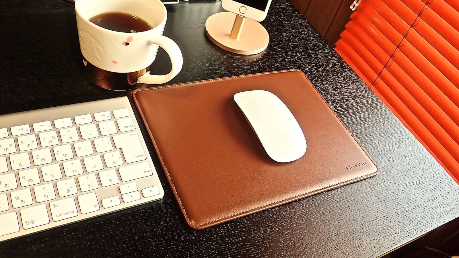 0196 Satechi Mouse pad Aluminum EcoLeather 14
