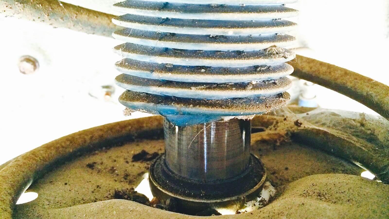 0142 MR2 Restore Plan  Part 15 10 SW20 OHLINS Rubber boots