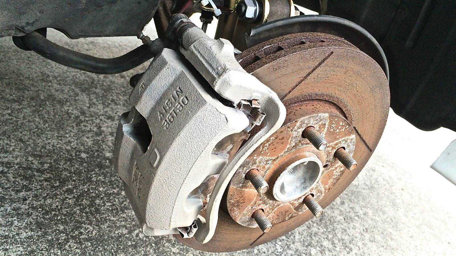 0143 MR2 Restore Plan  Part 16 11  SW20 Brake caliper Sabi killer pro after construction