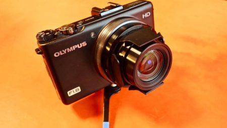 [0065] レンズキャップ着脱の煩わしさからの開放!! XZ-1に自動開閉キャップ『LC-63A』を付けてみる