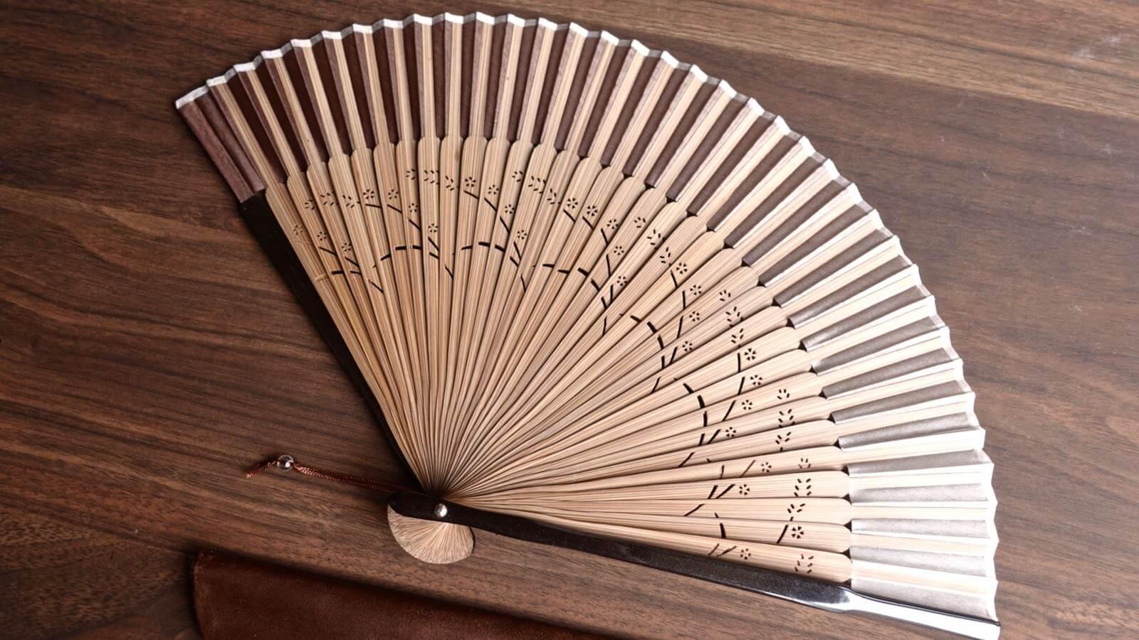 0094 Sakura Silk Folding fan Review 07