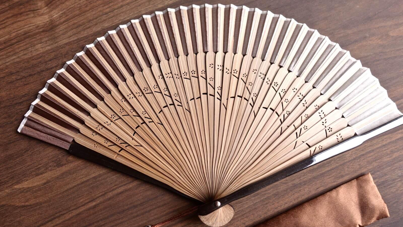 0094 Sakura Silk Folding fan Review 09