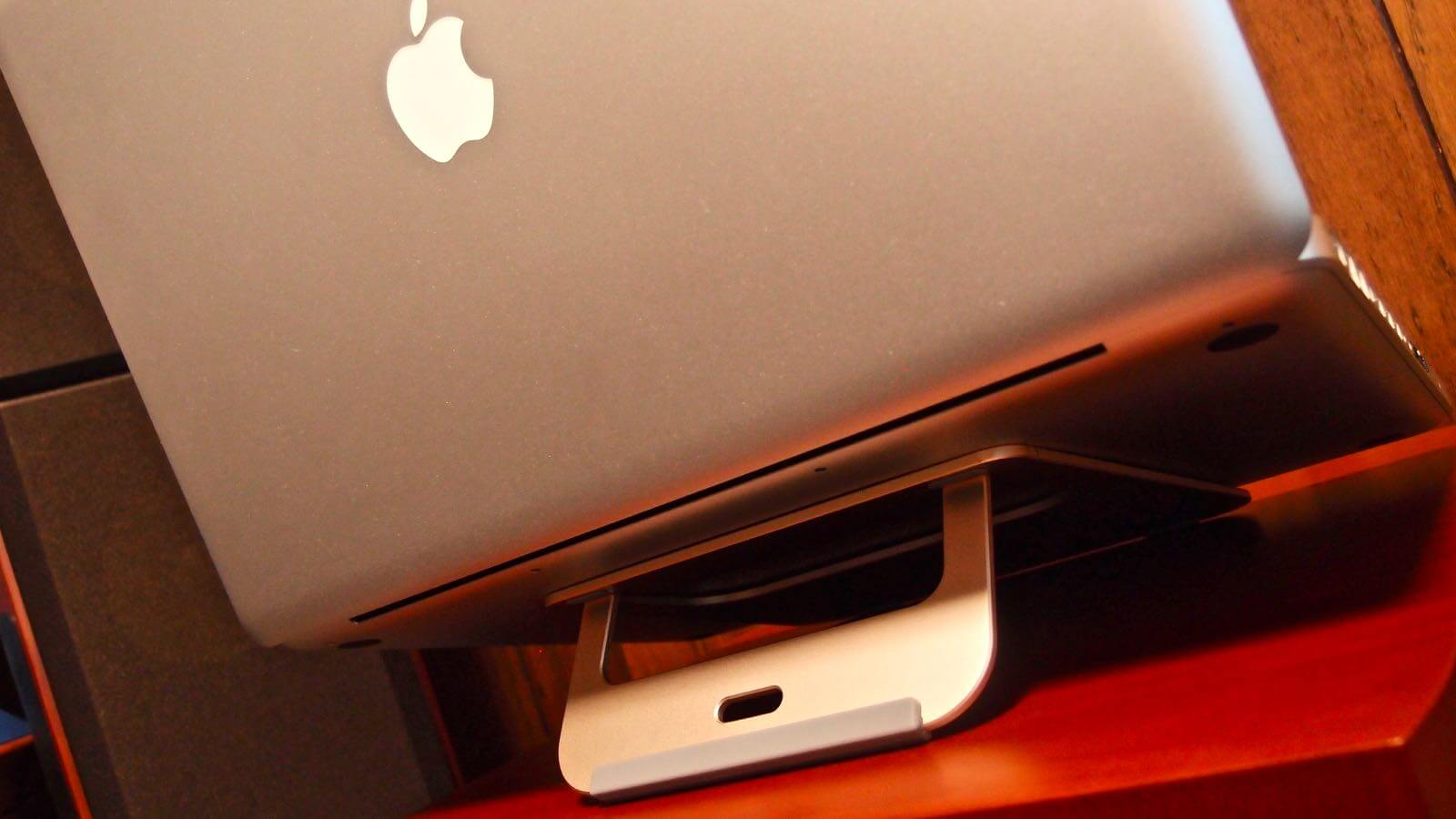 0161 Satechi Aliminum Laptop Stand Review 14