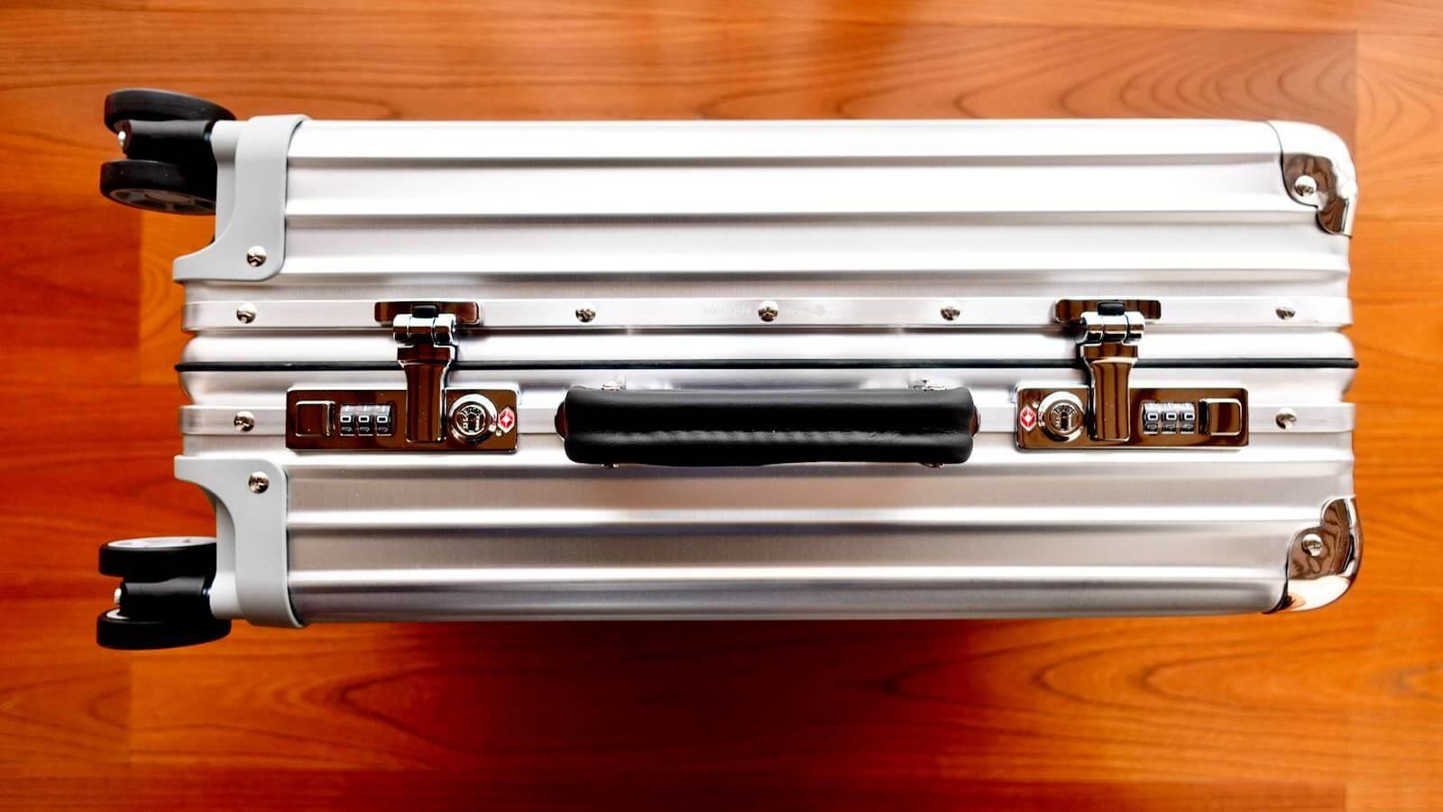0228 Rimowa Classic Cabin S 33L Review 13