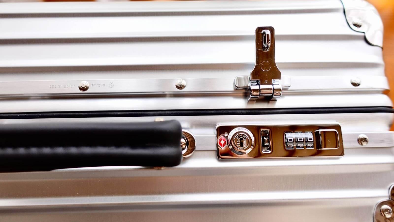 0228 Rimowa Classic Cabin S 33L Review 44