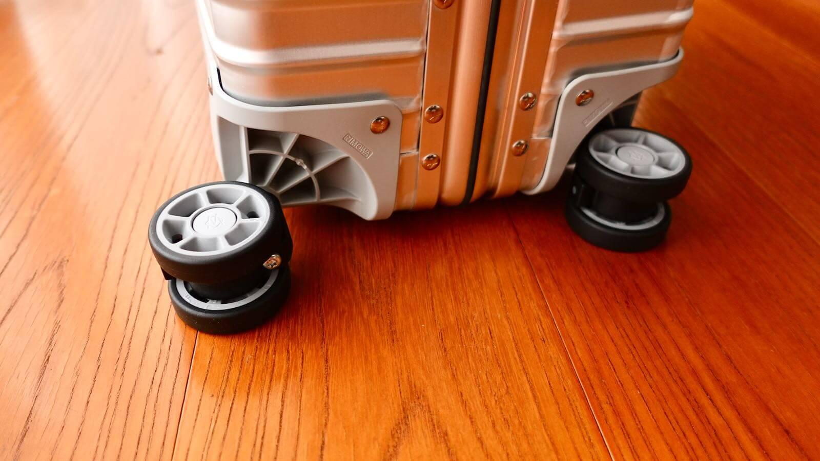 0228 Rimowa Classic Cabin S 33L Review 45