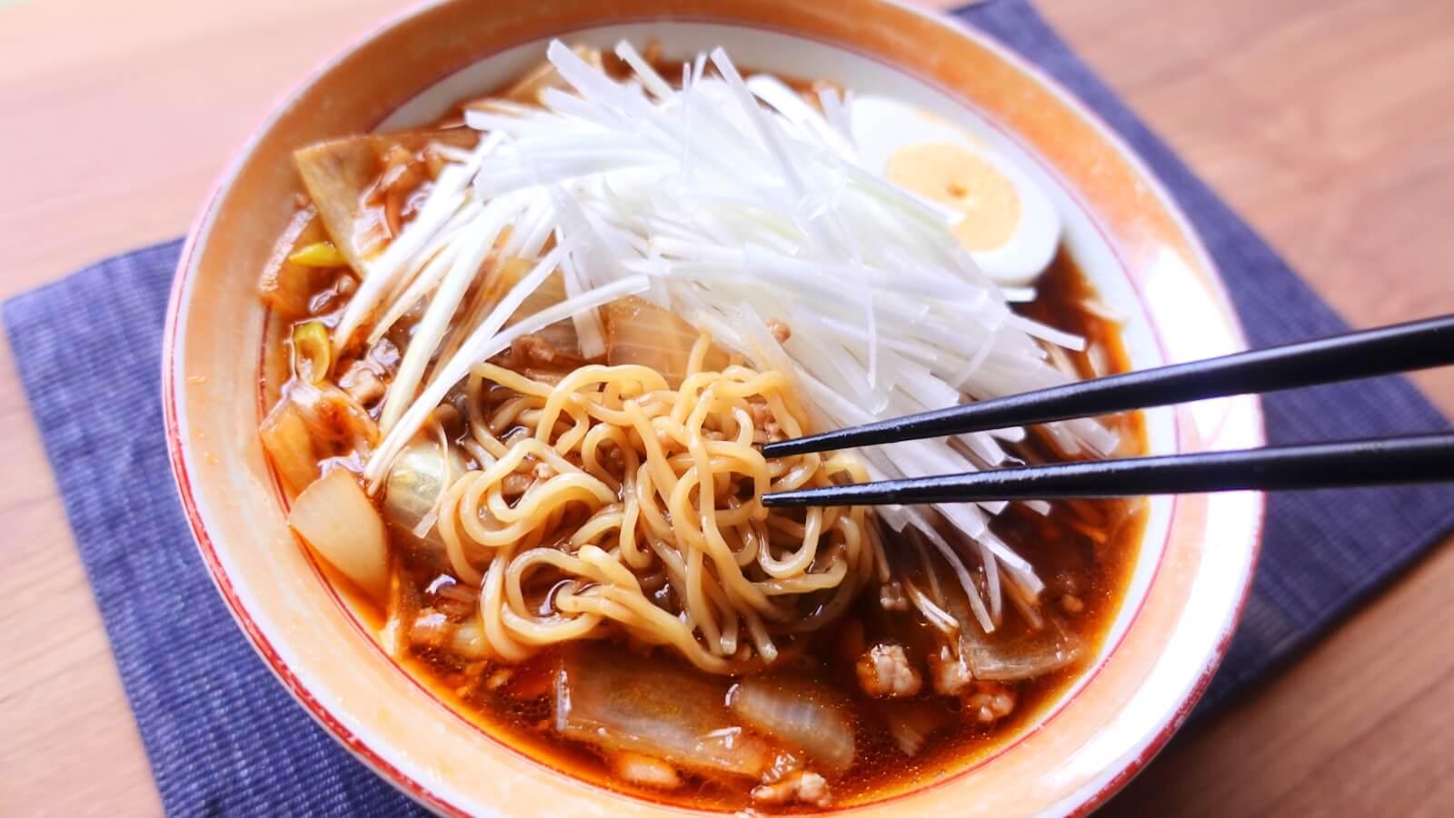 Photograph of the made Ezawa Katsuura Tantan noodles taken from an angle
